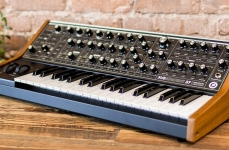 Synth Moog Subsequent 37 tasti Recensione