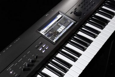 Korg Krome EX 73 Music Workstation